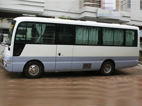 Nissan Civilian 2010