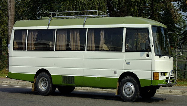 Isuzu Journey Model 2002