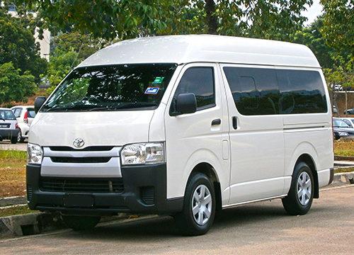 Toyota-HiAce-Dhaka